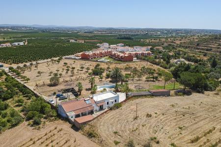 Quinta, Alcantarilha e Pêra, Silves