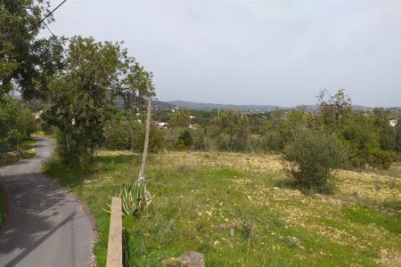 Terreno com ruina, Central - Countryside, Loulé