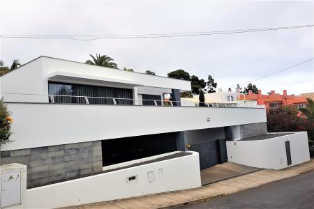 Moradia Isolada, Caniço, Santa Cruz